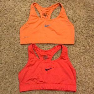 Nike dri-fit bras size medium